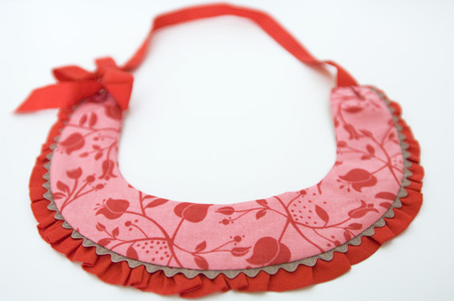 fabric necklace by PinkNounou