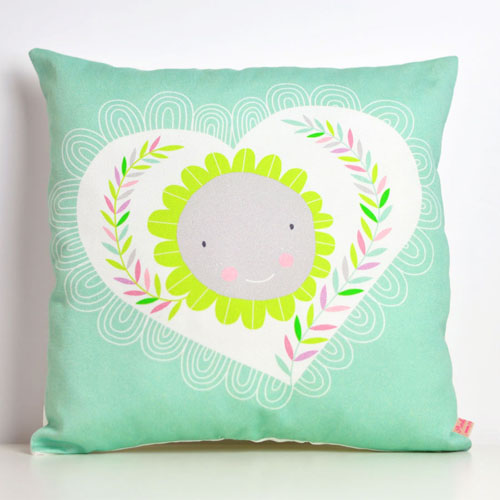 square-pillow-heart&flower-by-PinkNounou-1A
