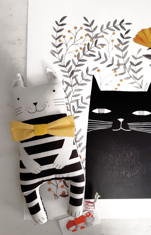 illustration and cat softtoy by PinkNounou